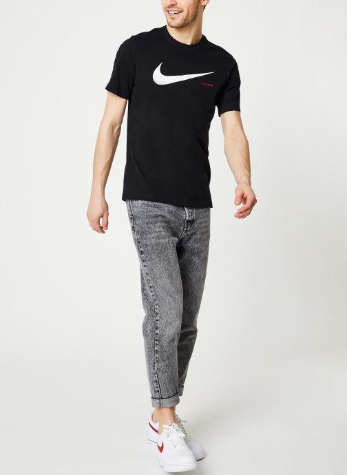 Vêtements Nike M Nsw Swoosh Hbr Ss Tee Noir vue bas / vue portée sac