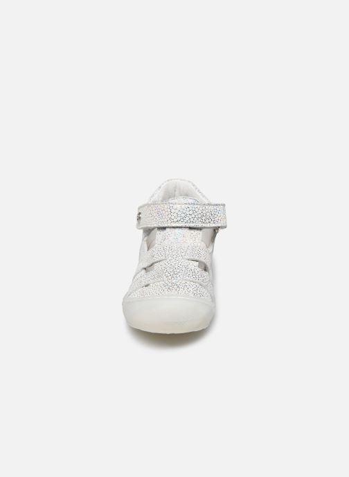 Ballerines Naturino Bede Argent vue portées chaussures