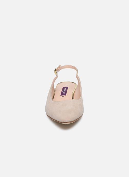 Zapatos de tacón Parallèle HELIX Beige vista del modelo