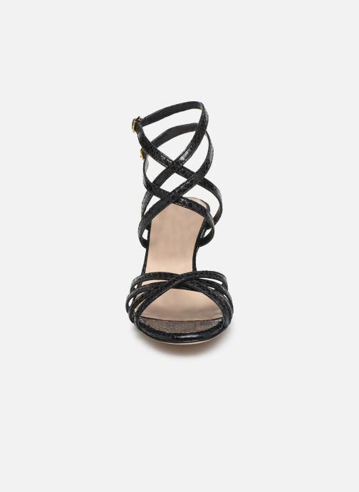 Sandales et nu-pieds Parallèle INAGA Noir vue portées chaussures