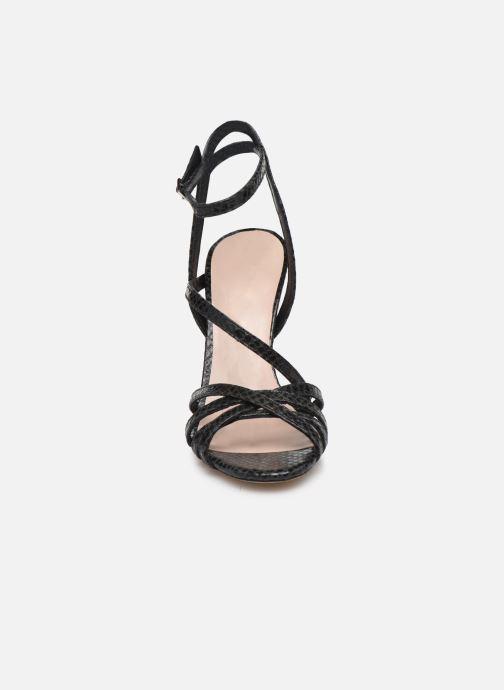 Sandales et nu-pieds Parallèle YADUA Noir vue portées chaussures