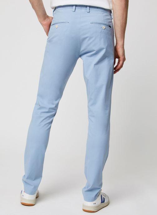 Vêtements GANT Slim Sunfaded Chino Bleu vue portées chaussures