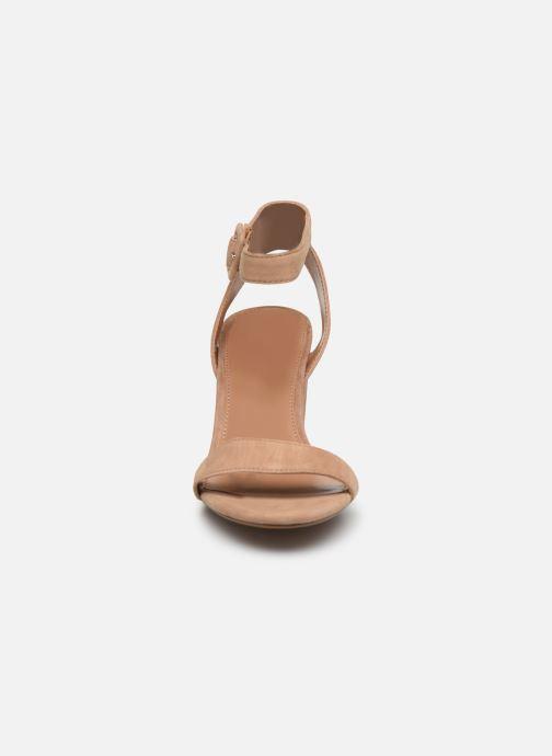 Sandales et nu-pieds Steve Madden MALIA Marron vue portées chaussures