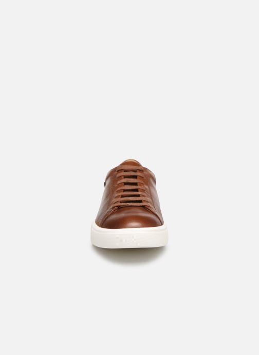 Sneakers Mephisto Cristiano Marrone modello indossato