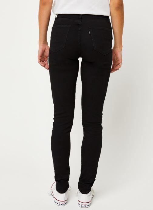 Vêtements Levi's Jean slim 721 High Rise Skinny Noir vue portées chaussures