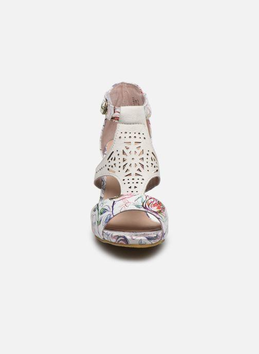Sandales et nu-pieds Laura Vita Alcbaneo 96 Blanc vue portées chaussures