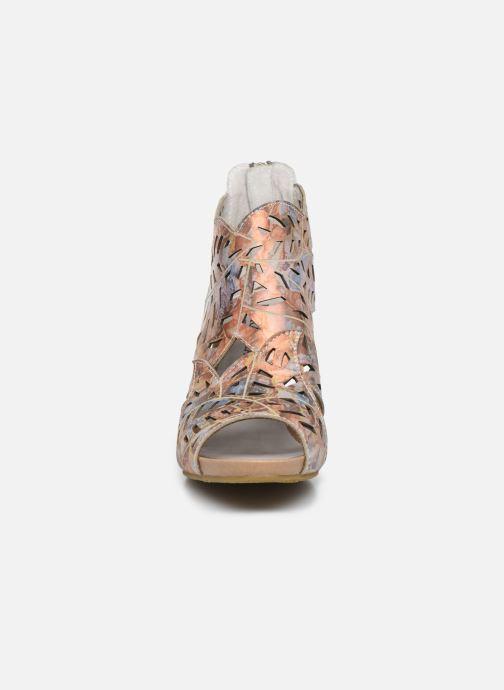 Zapatos de tacón Laura Vita Alcbaneo 24 Multicolor vista del modelo