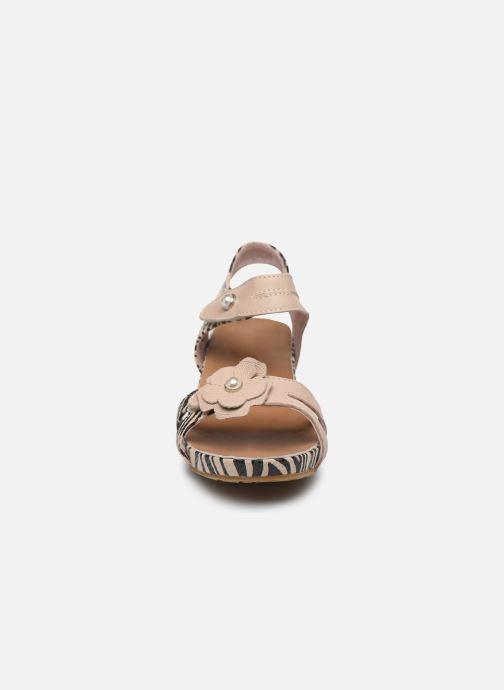 Sandales et nu-pieds Laura Vita Beclindao 02 Beige vue portées chaussures