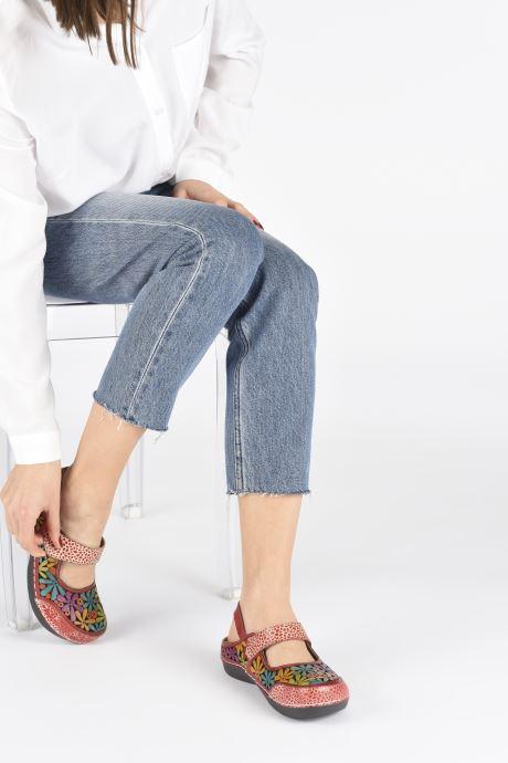Sandales et nu-pieds Laura Vita Bicllyo 04 Rouge vue bas / vue portée sac