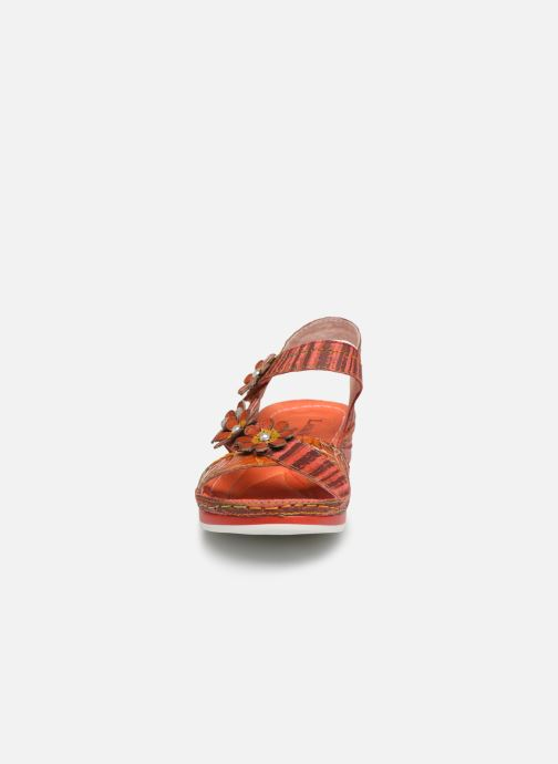 Sandali e scarpe aperte Laura Vita Brcuelo 81 Rosso modello indossato