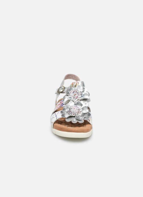 Sandales et nu-pieds Laura Vita Docbbyo 041 Blanc vue portées chaussures