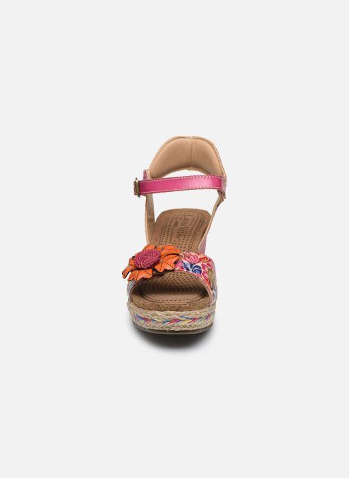 Sandales et nu-pieds Laura Vita Facyo 06 Rose vue portées chaussures