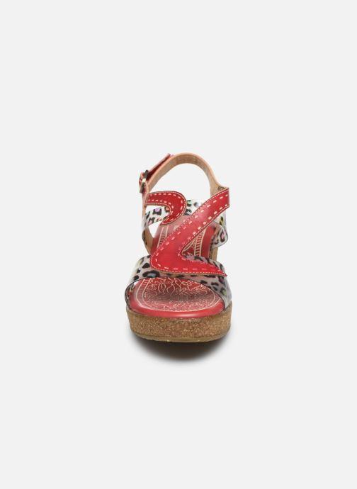 Sandales et nu-pieds Laura Vita Hackeo 06 Rouge vue portées chaussures