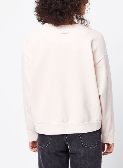 Vêtements Levi's Sweatshirt hoodie Diana Crew Rose vue portées chaussures