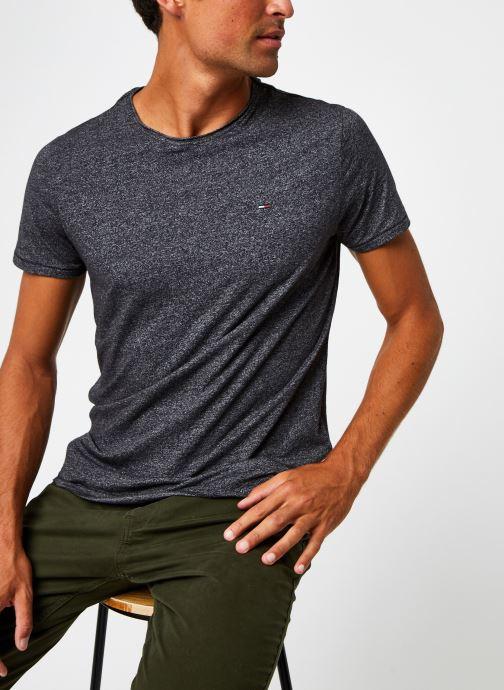 Vêtements Tommy Jeans TJM Essential Jaspe Tee Gris vue détail/paire