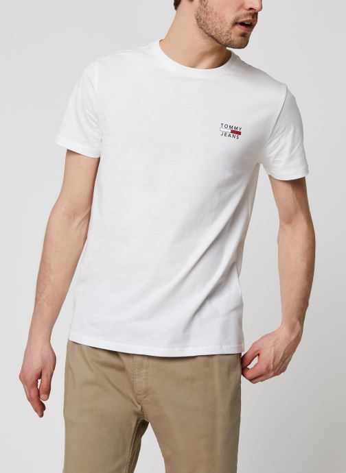 Vêtements Tommy Jeans TJM Chest Logo Tee Blanc vue détail/paire