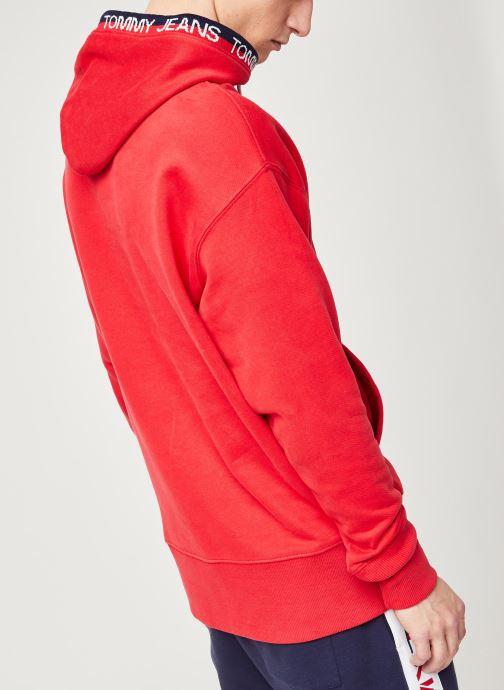 Vêtements Tommy Jeans TJM Branded Rib Hoodie Rouge vue portées chaussures