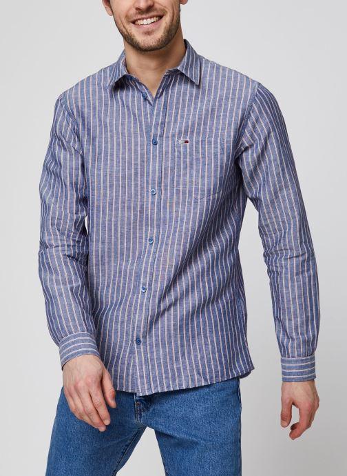 Vêtements Tommy Jeans TJM Linen Blend Shirt Bleu vue détail/paire