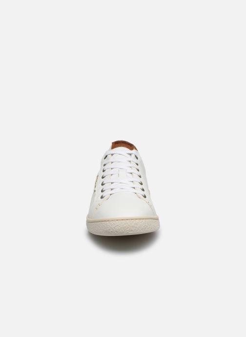 Baskets Kickers SONGO Blanc vue portées chaussures