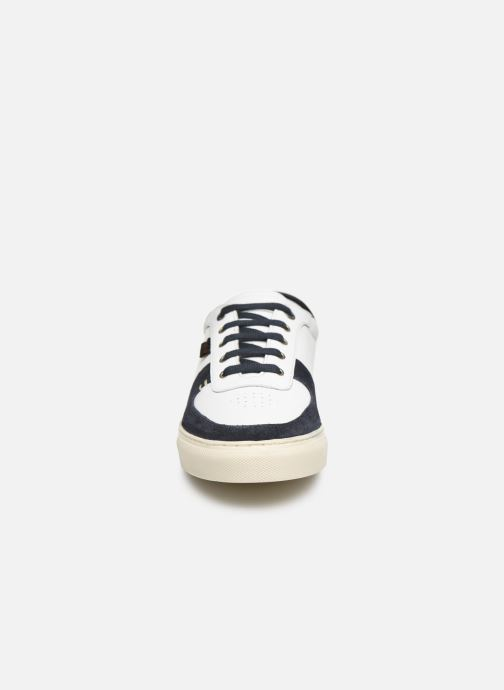 Sneaker Kickers SNIKLAN M weiß schuhe getragen