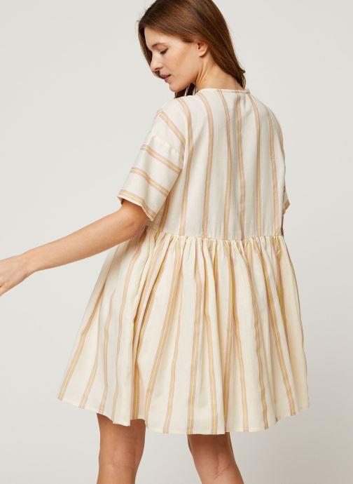 Vêtements Noisy May Short Dresses ROXY Blanc vue portées chaussures