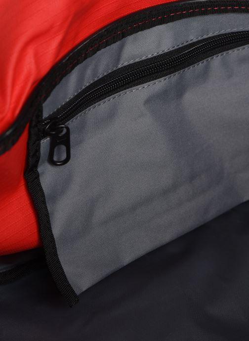 Sacs de sport Nike Nk Brsla M Duff - 9.0 (60L) Rouge vue derrière