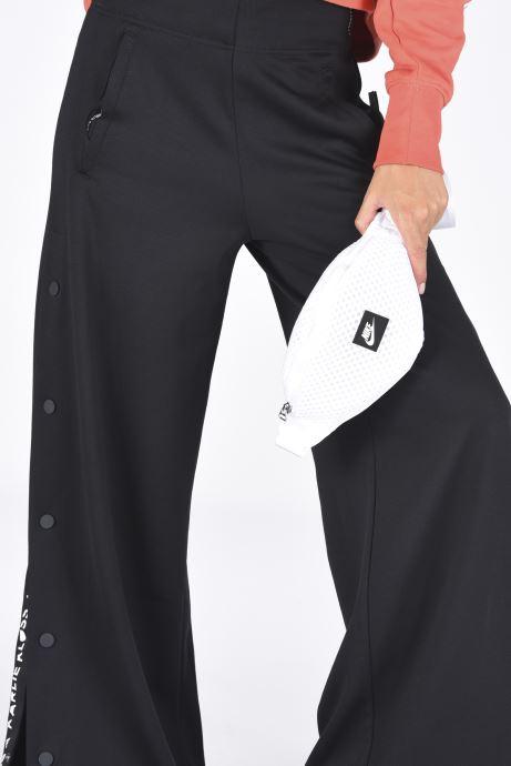 Sacs à main Nike Nk Air Waist Pack  -  Sm Blanc vue bas / vue portée sac