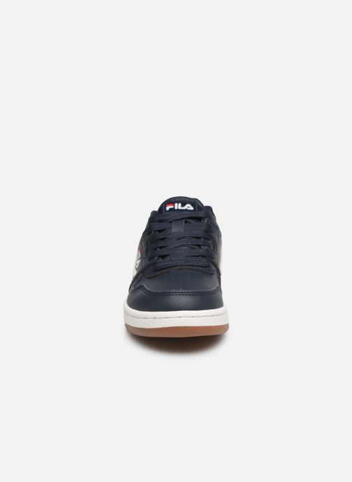 Baskets FILA Arcade Low Kids Bleu vue portées chaussures