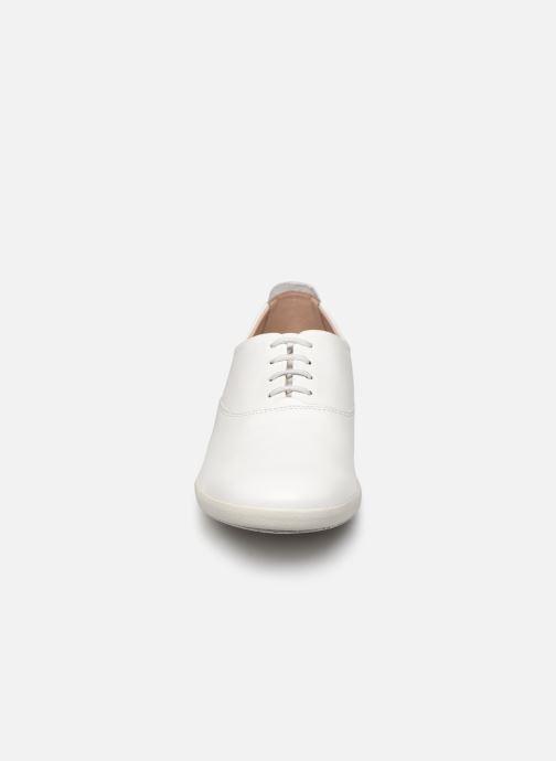 Sneaker Mephisto Kaliana C weiß schuhe getragen