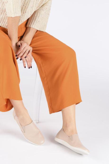 Sneaker Mephisto Korie C beige ansicht von unten / tasche getragen