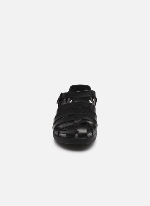 Sandali e scarpe aperte Mephisto Sam C Nero modello indossato