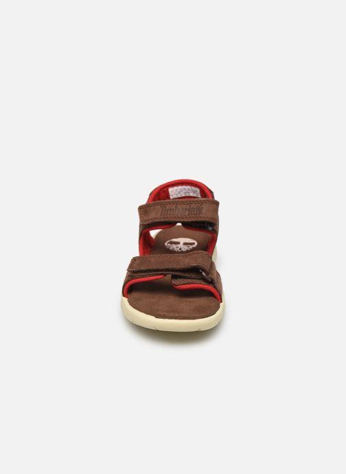 Sandalen Timberland Nubble Leather And Fabric 2-Strap Rebotl braun schuhe getragen
