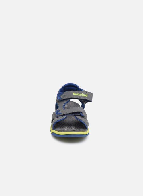 Sandales et nu-pieds Timberland Adventure Seeker Rebotl Gris vue portées chaussures