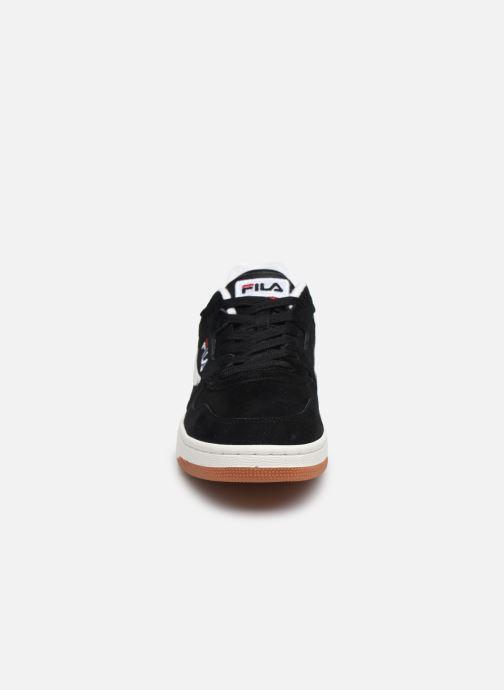 Baskets FILA Arcade S Low Noir vue portées chaussures