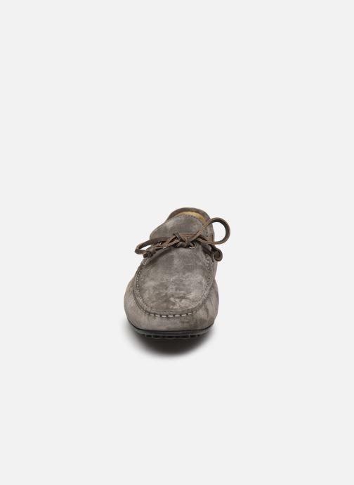 Mocassins Lumberjack DRIVE Gris vue portées chaussures