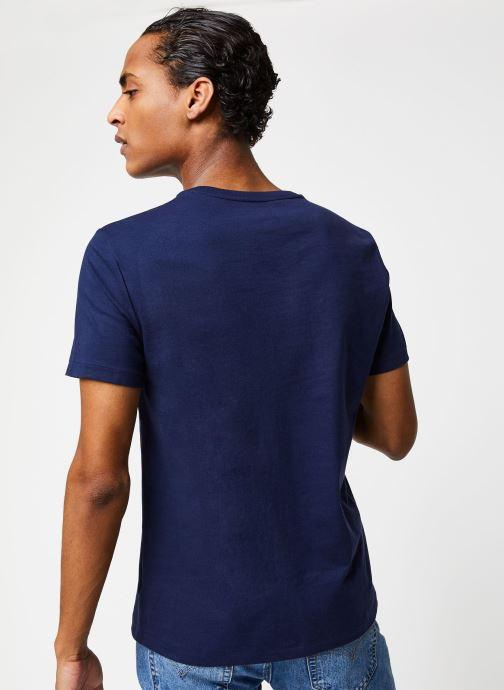 Vêtements Polo Ralph Lauren T-Shirt Pony Bleu vue portées chaussures