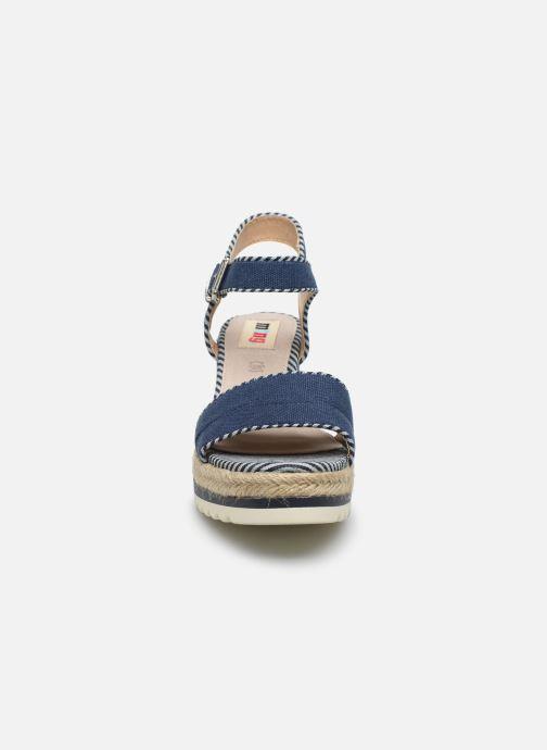 Espadrilles MTNG 58937 Bleu vue portées chaussures