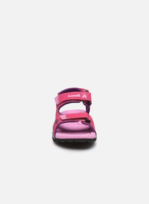 Sandali e scarpe aperte Kamik Lobster 2 Rosa modello indossato