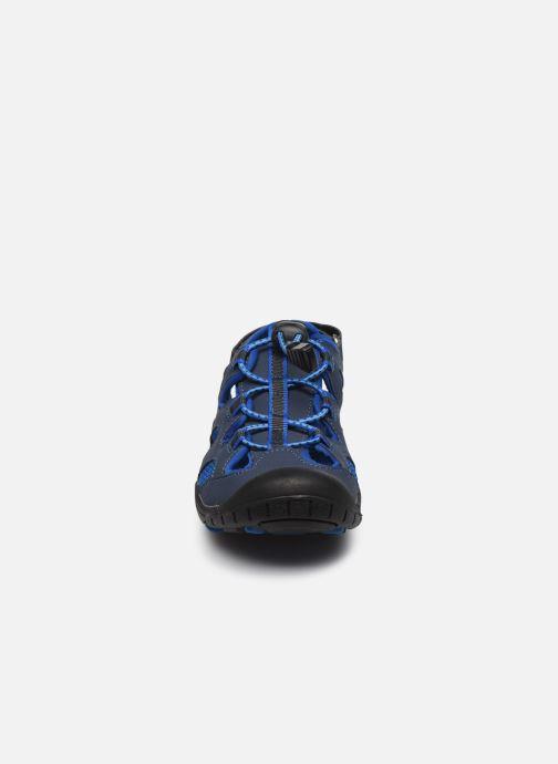 Sandalias Kamik Oyster 2 Azul vista del modelo