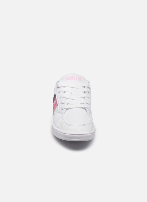 Baskets MTNG Agasi E Blanc vue portées chaussures