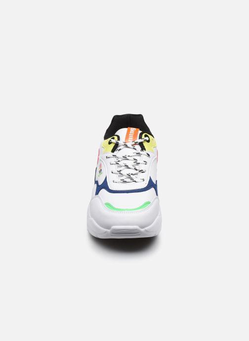 Sneaker MTNG Angie weiß schuhe getragen
