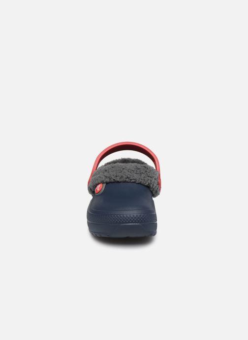 Sandales et nu-pieds Crocs Classic Blitzen III Clog K Bleu vue portées chaussures