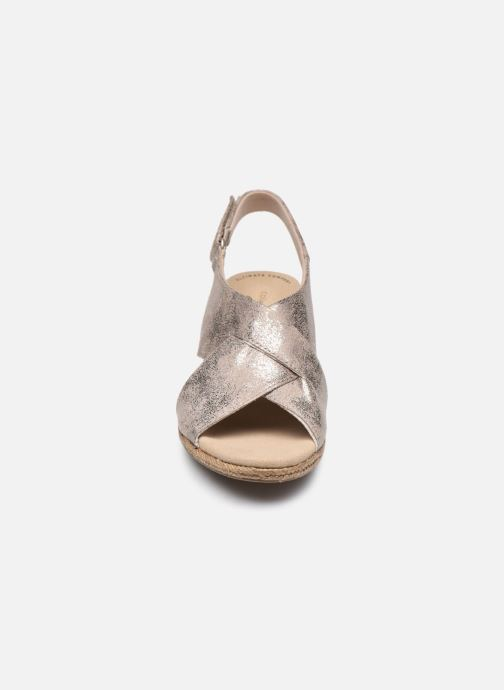 Sandaler Clarks Lafley Alaine Sølv se skoene på