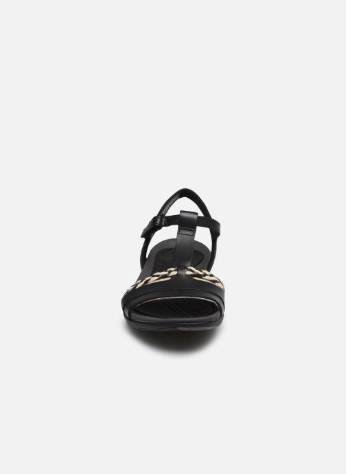 Sandales et nu-pieds Clarks Tealite Grace Noir vue portées chaussures
