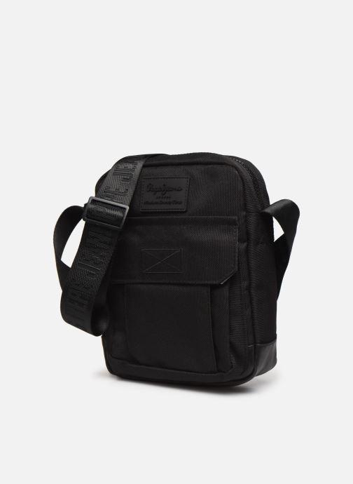 Herrentaschen Pepe jeans Camp Medium Shoulder Bag schwarz schuhe getragen