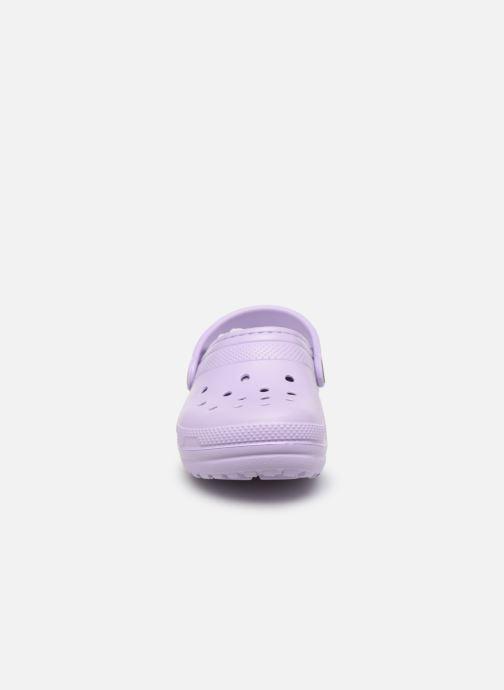 Sandales et nu-pieds Crocs Classic Lined clog K Violet vue portées chaussures