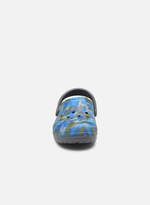 Sandales et nu-pieds Crocs Classic Printed Lined Clog K Gris vue portées chaussures