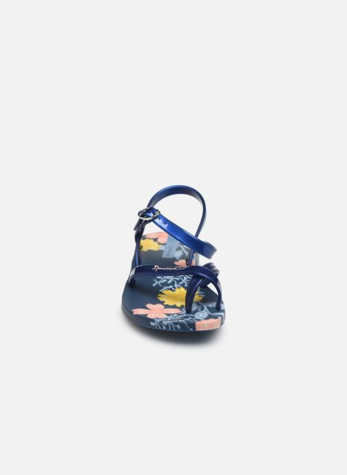 Infradito Ipanema Ipanema Fashion SD VII Kids Azzurro modello indossato