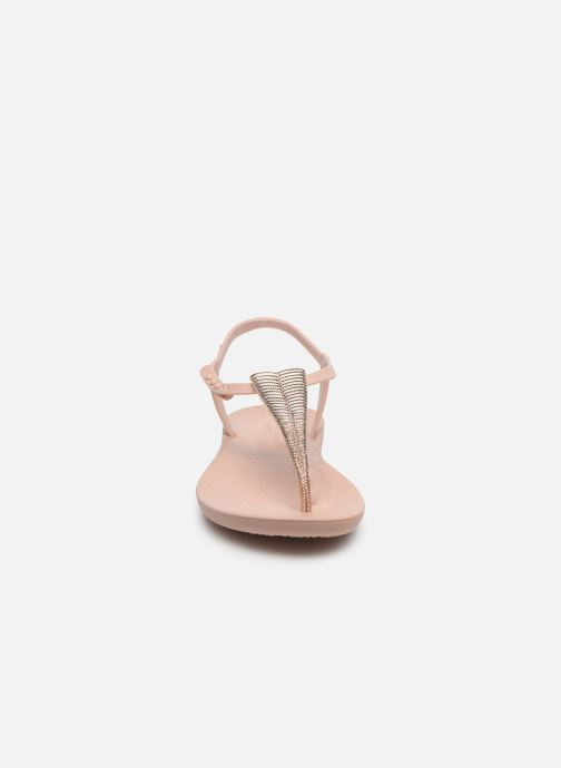 Sandali e scarpe aperte Ipanema Ipanema Class Glam III Fem Beige modello indossato