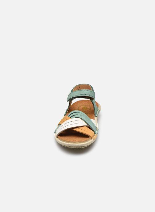 Sandali e scarpe aperte El Naturalista Terra E226 Verde modello indossato